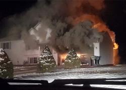 Firefighters battle Solon blaze