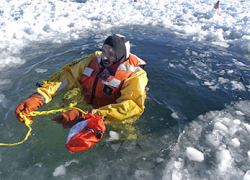DNR urges caution on ice after UP fisherman drowns in Lake Michigan