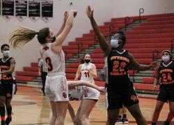 Red Hawk girls basketball splits pair